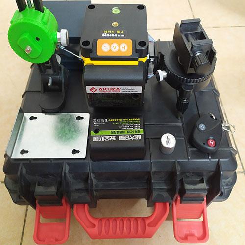 Sincon SL-888. Máy đo cân bằng laser 5 Tia siêu chuẩn